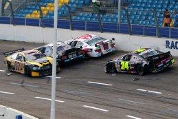 Fabrizio Armetta (Chevrolet Camaro) - Eric de Doncker (Ford Mustang) - Anthony Kumpen (Chevrolet SS) - Dominic Tiroch (Dodge Challenger)