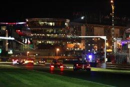 Nachtelijk sfeerbeeld 24 Heures du Mans 2015