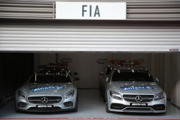 Mercedes Safety Car & Medical Car
