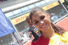 grid girl 2015 F1 Belgian Grand Prix