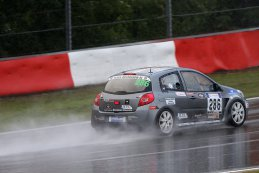 Traxx Racing - Renault Clio