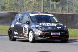 Traxx Racing - Renault Clio