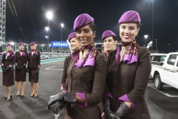 Grid girls - GP Abu Dhabi 2015