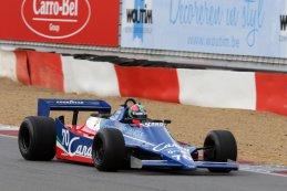 Eric van de Poele - Tyrrell 010