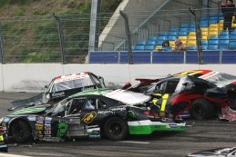 Crash Elite 1 NASCAR Whelen Euro Series Venray