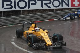 Kevin Magnussen - Renault Sport F1 Team