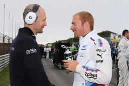Maxime Martin in gesprek met zijn ingenieur Marc Giannone