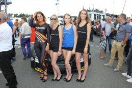 BMW M235i Racing Cup Girls