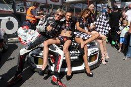 Hans Thiers & grid girls