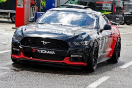 Skylimit Yokohama Racing Team - Ford Mustang