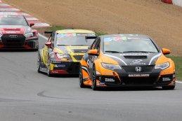 Boutsen Ginion Racing vs. RACB National Team - Honda Civic TCR vs. Seat Leon TCR