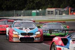 Walkenhorst Motorsport vs. Rinaldi Racing - BMW M6 GT3 vs. Ferrari 488 GT3