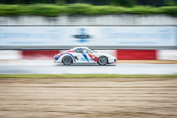 Nikolas Van Dierendonck - Porsche Cayman GT4