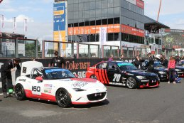 Mazda Europe en Skylimit Yokohama Racing Team - Mazda MX5 ND en BMW E90
