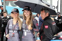 Belgium Racing grid girls en Marc Goossens