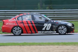 Skylimit Yokohama Racing Team - BMW E90