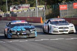 Knauf Racing Team vs. Racers Motorsport - Ford Mustang