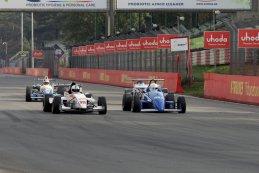 Luc Dennis vs. Oliver Kuhnt - Formula Renault FR 2.0 vs. Formula Renault