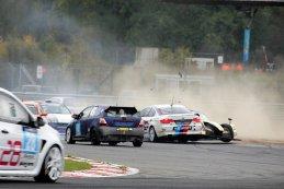Aanrijding tussen G&D Sport & Domec Racing