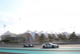 Villorba Corse - Maserati MC GT4 vs. United Autosports - Ligier JS P3