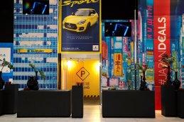 Suzuki stand