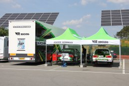 VR Racing Qvick Motors paddock