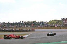 Sebastian Vettel vs. Lewis Hamilton - Ferrari vs. Mercedes