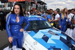 Gridgirl Van der Horst Motorsport