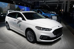 Ford Mondeo Clipper Hybrid