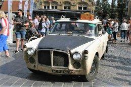 Barry Nash - Rover P5b
