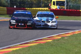 AR Performance - BMW E90 325i vs. BMW Team Van der Horst - BMW 235i