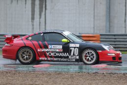 Skylimit Yokohama Racing Team - Porsche 997 GT4