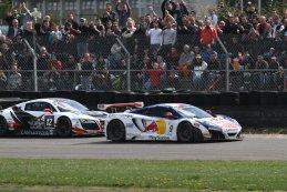 Belgian Audi Club team WRT - Audi R8 LMS ultra vs. Sébastien Loeb Racing - McLaren MP4-12C