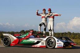 Daniel Abt & Lucas di Grassi met de e-tron FE05