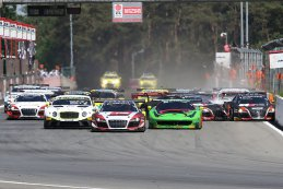 Crash start Blancpain Sprint Series Zolder 2015