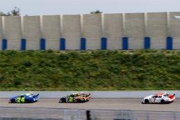 Anthony Kumpen - PK Carsport - Ford Mustang vs. Ander Vilarino - TFT Banco Santander - Chevrolet SS