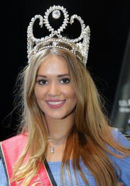 Annelies Törös - Miss België 2015