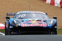 Red Bull Ring: Lawson (Ferrari) houdt Wittmann (BMW) af en wint opnieuw