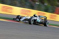 Brazilië: Rosberg nipt sneller dan Hamilton in laatste training