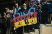 Nico Rosberg moest Toto Wolff telefonisch op de hoogte brengen