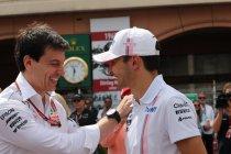 Mercedes bevestigt Ocon als reserverijder bij meerdere teams