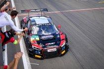 Nürburgring: Race 2: Eerste zege voor Pommer en van der Linde (Aust Audi)