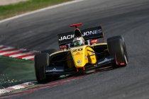 Barcelona: Race 1: Podium voor Vandoorne – Magnussen kampioen