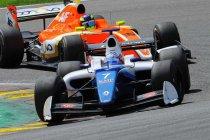 Spa GT Open: Egor Orudzhev klopt Dillmann voor de zege in race 1