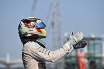 Hamilton wint Grote Prijs van China