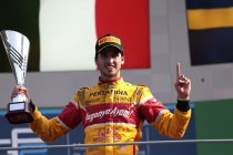 Monza: Giovinazzi wint chaotische openingsrace