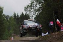 Rally Finland: Neuville verkeert in supervorm en leidt na eerste dag
