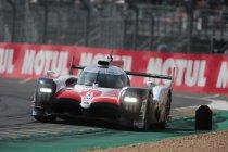 Toyota boven in eerste sessie - Zware crash Aston Martin