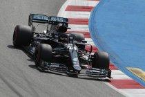 Spanje: Hamilton wint met gemak, Verstappen tweede
