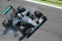 Spanje: Lewis Hamilton aan de beurt in de tweede vrije training